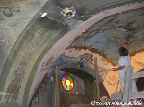 2, Svaté schody v Rumburku, Kaple Kalvárie, Druhý příchod Krista, průběh restaurování, 2008, foto Klára Mágrová