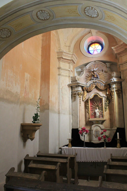 B1, Loreta Rumburk, kaple Pražského Jezulátka před restaurováním maleb, 29 9 2014, foto Klára Mágrová